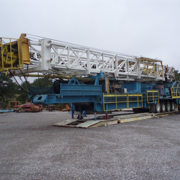 1000 HP Drilling Rig