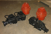 crawler carrier final drives and travel motors