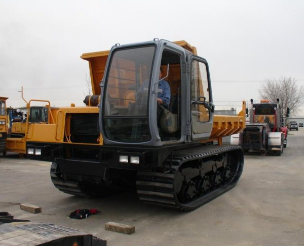 2000 Morooka MST 2200VD Crawler Carrier