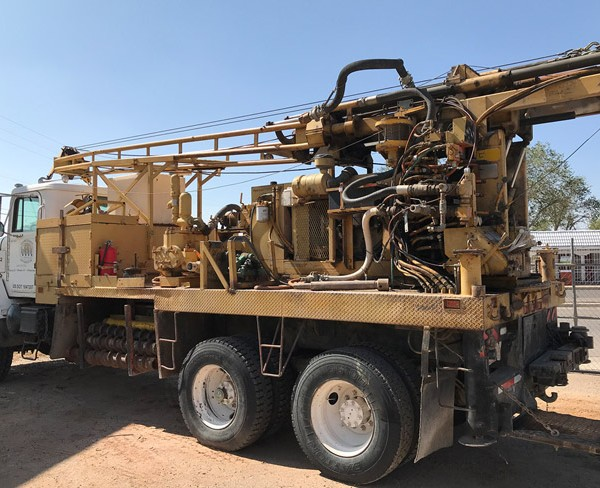 CME-75-drill-rig-back