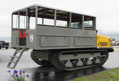 Rubber Tracked Personnel Carrier for Mining Transport