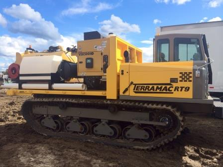 Terramac RT9 with Vacuum Excavator