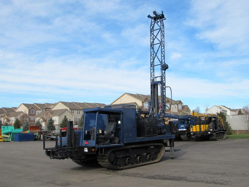 Track Mounted Diedrich D-50 Drill Rig