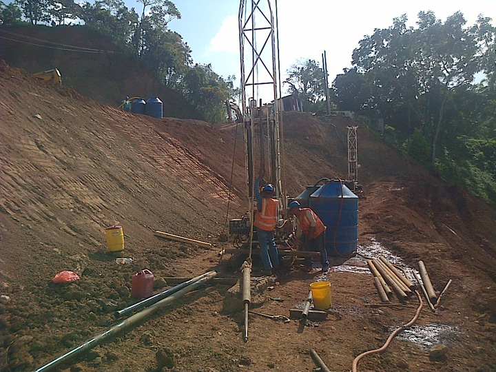 Tecnilab's Diedrich Drill Rigs In Action